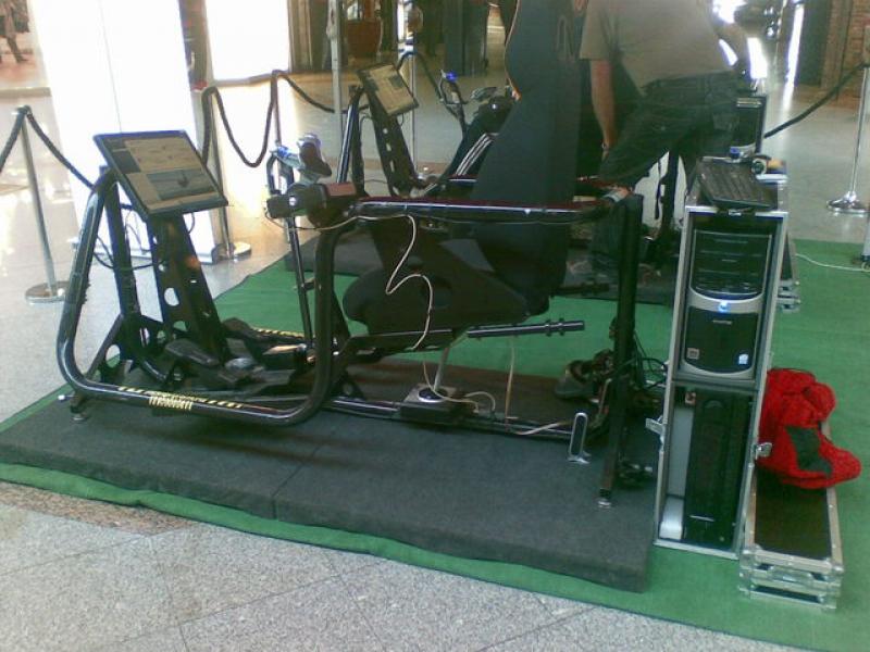 www.osuna.uvestudio.com